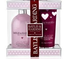 Baylis and Harding Strawberries and Cream